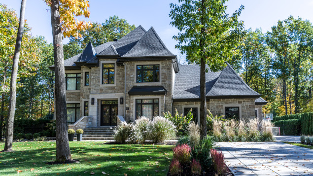 Hausse importante des maisons de luxe à sherbrooke